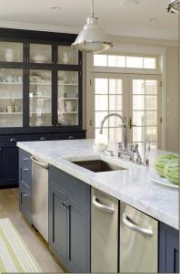 Detalji Svežih boja u bezvremenskim sivim kuhinjama